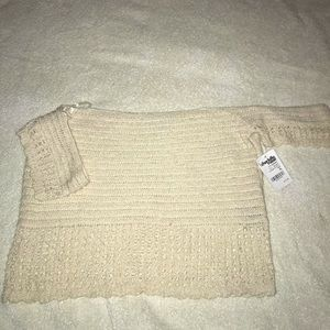 Knitted off the shoulder croptop